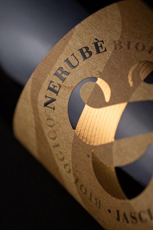 Particolare etichetta Nerubè Abruzzo Pecorino DOC Jasci&Marchesani
